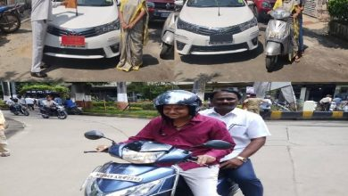 Photo of Nagpur Mayor & Other officials surrender their official vehicles