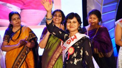 Photo of Poonam Harkut Bags the Mrs.Maheshwari-2019 personality contest
